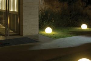 katalog---linea-light-2012---man_-man_-2012---highres-220